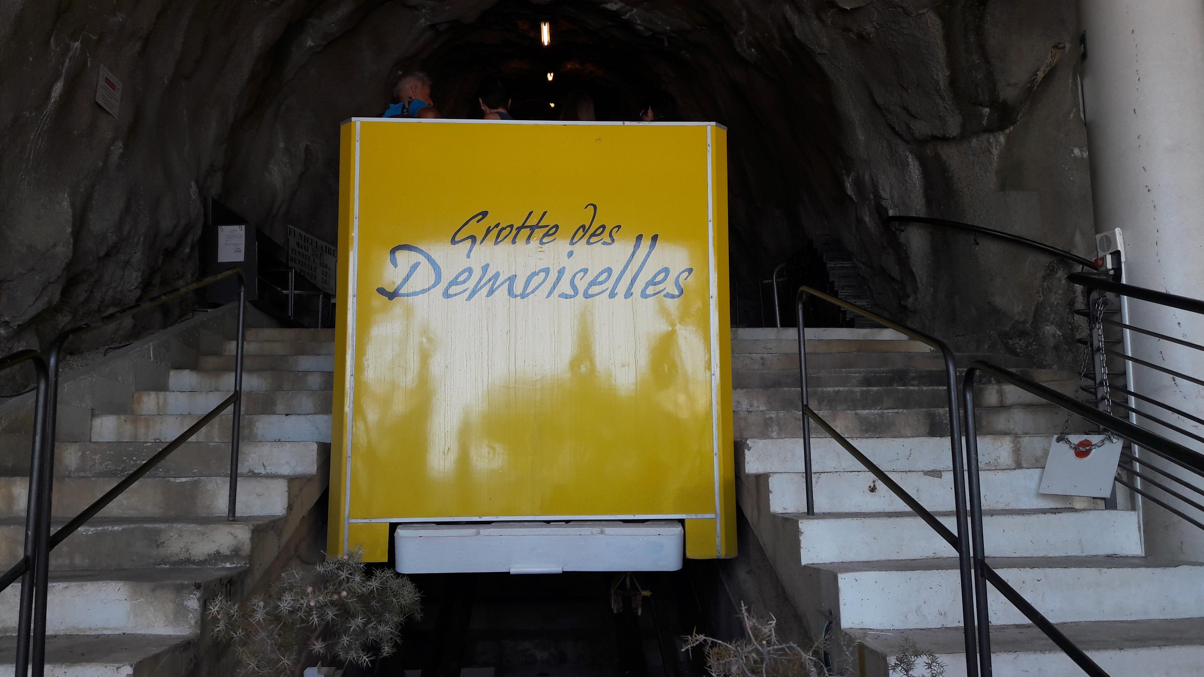 funiculaire grotte des demoiselles